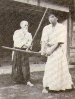 aikido-osensei-saito-oruzje